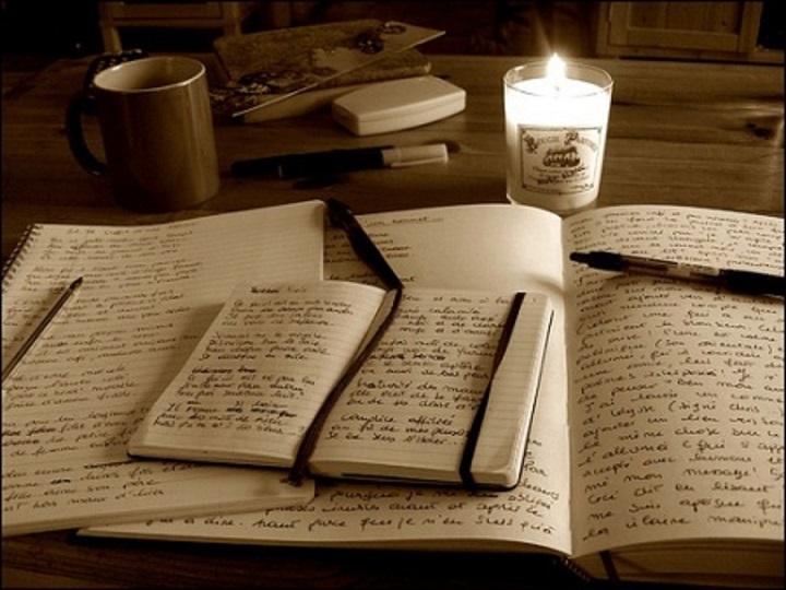 Radni sto i knjige
